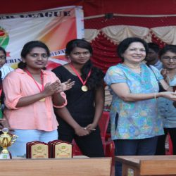 Chief guest issuing trophy with cash prize to the Winner team – Phoenix